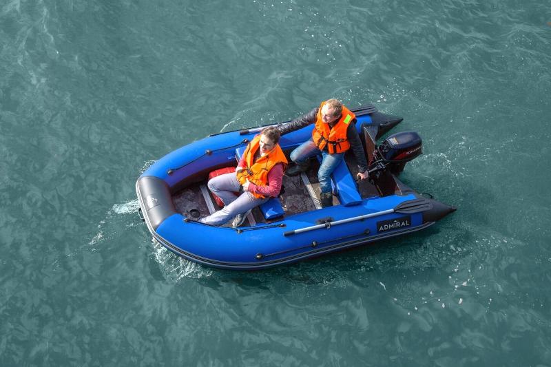 моторная лодка АДМИРАЛ 330 Comfort
