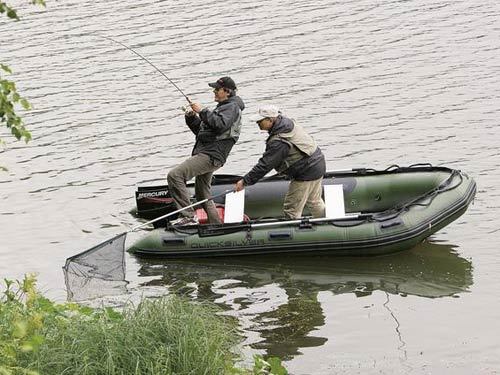 Удочка для рыбной ловли с лодки