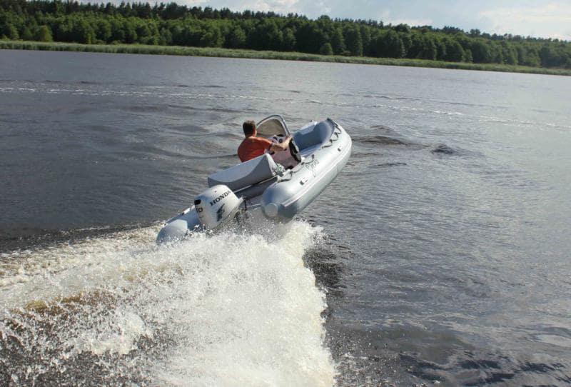 Глиссирование на лодке
